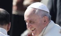 Throwaway Culture, Immigrant Sympathies, Climate Change: How Will Congress React to Pope Francis?