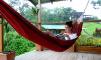 3 Hot Winter Getaways in Paradise (Video)