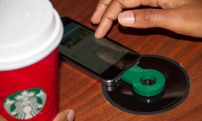 Wireless Cellphone Powermat charging available at Starbucks (Starbucks)