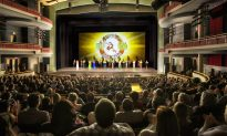 Shen Yun Delights in Eastern Canada