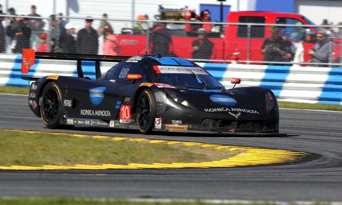 Max Angelelli in the #10 Wayne Taylor Racing Konica-Minolta Dallara-Corvette has been running strongly for several hours. . (Chris Jasurek/Epoch Times)