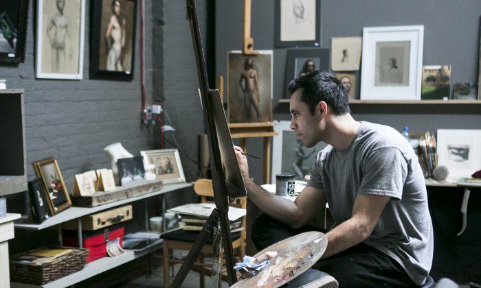 Grand Central Atelier resident Anthony Baus working at Grand Central Atelier in Long Island City, New York, on Dec. 18, 2014. (Samira Bouaou/Epoch Times)