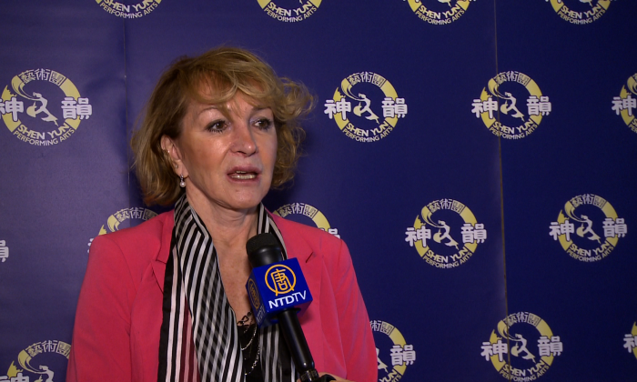 Nina Slezak, a decorative painter, took in Shen Yun at the Sony Centre in Toronto on Jan. 25, 2015. (NTD Television)