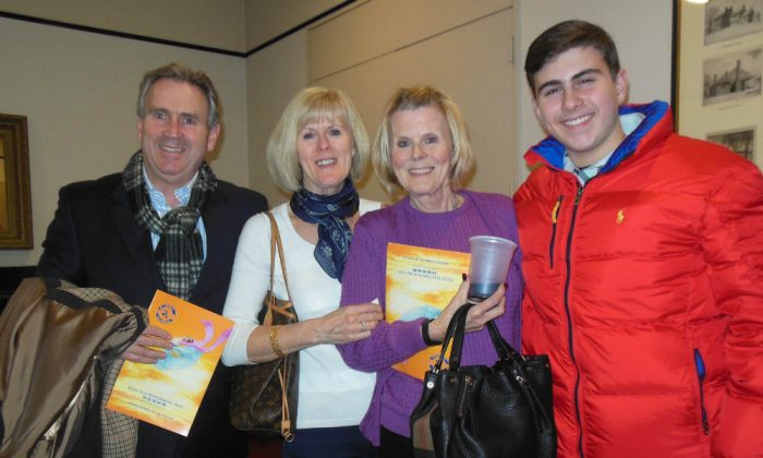 (L–R) Kevin Lynch, his wife Bernadette, and her sister Margaret Cheikh, enjoyed Shen Yun at the Modell Performing Arts Center at the Lyric, Jan. 30, 2015. (Epoch Times)