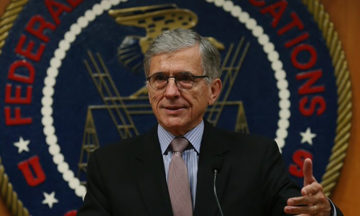 Federal Communications Commission Chairman Tom Wheeler proposed Wednesday regulating broadband internet as a public utility, shown here on September 16, 2014 in Washington, DC. (Mark Wilson/Getty Images)