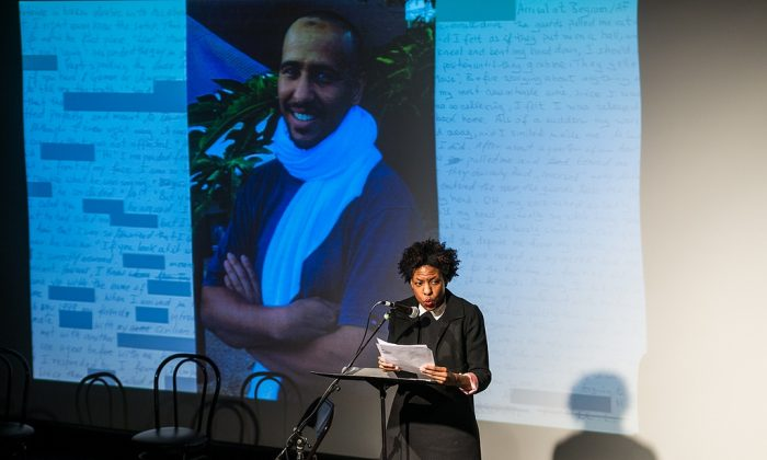"Bestselling author Ayana Mathis reads from ""Guantanamo Diary"" during New York City book event. (Nicola Bailey/PEN American Center)"