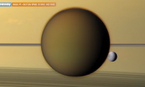 Nitrogen-Based Life Might Swim on Saturn's Largest Moon (Video)
