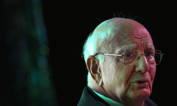 Paul Volcker, former chairman of the Board of Governors of the U.S. Federal Reserve System attends the Standard Chartered Singapore Forum on Wednesday March 20, 2013. (AP Photo/Wong Maye-E)
