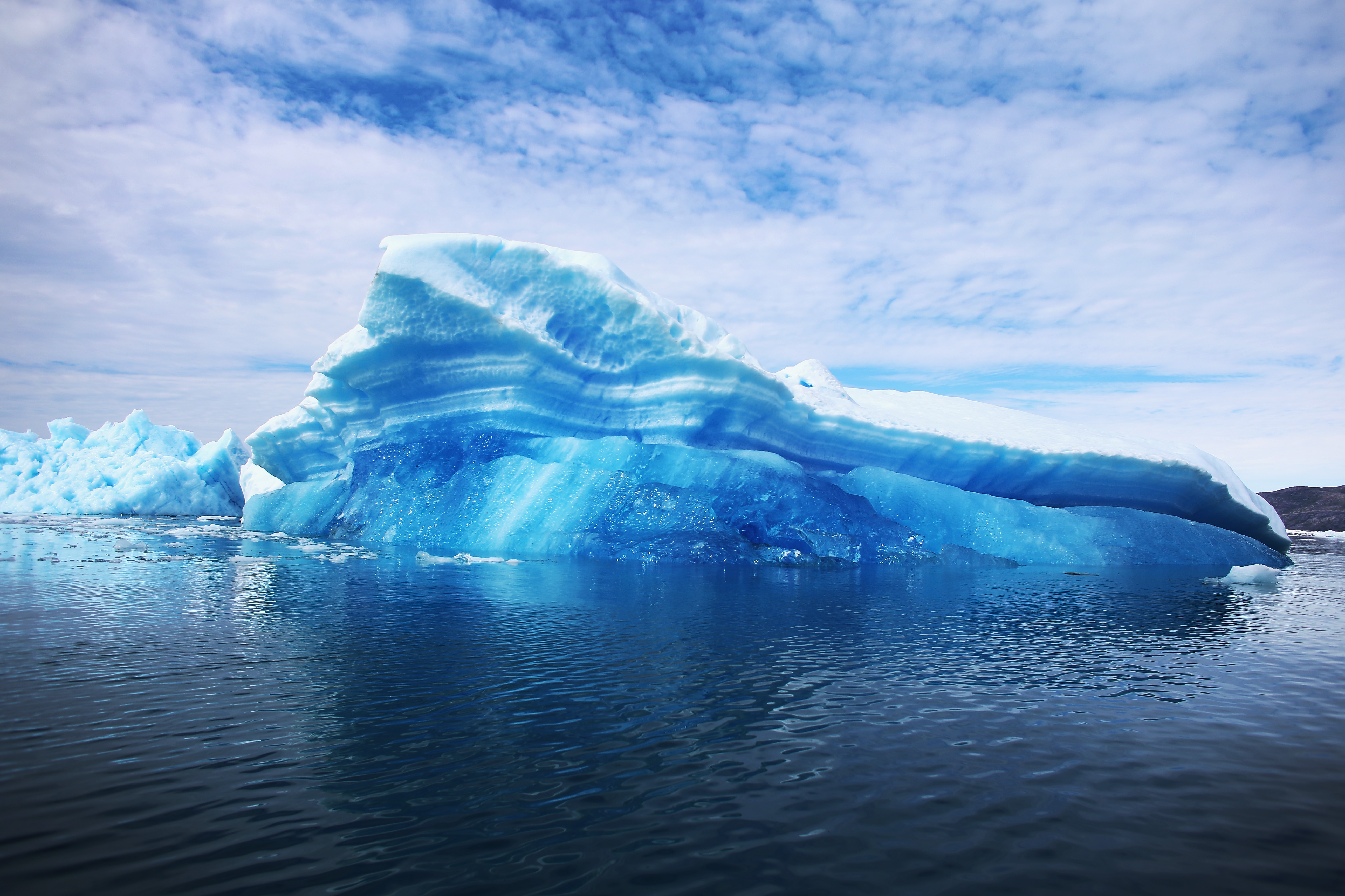 Revealed: How Giant Icebergs Breathe Life Into Remote Oceans