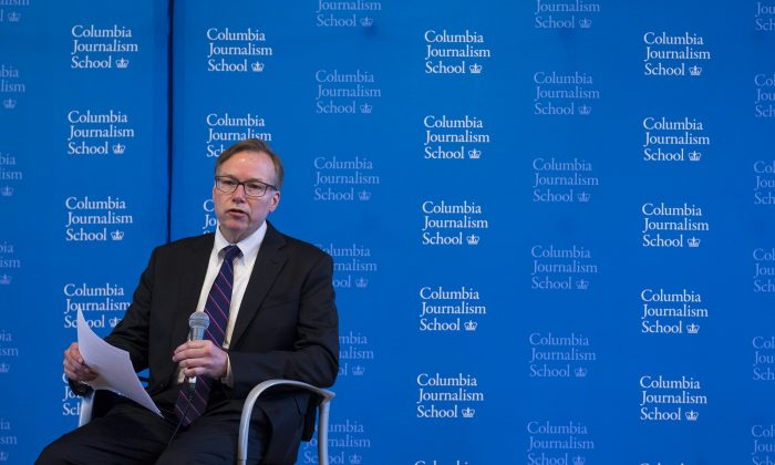 Columbia Journalism School Dean Steve Coll answers a question during a news conference to discuss findings of a report conducted at the Columbia School of Journalism surrounding Rolling Stone magazine's expose of what it called a culture of sex assaults at the University of Virginia, Monday, April 6, 2015, in New York. (AP Photo/Craig Ruttle)