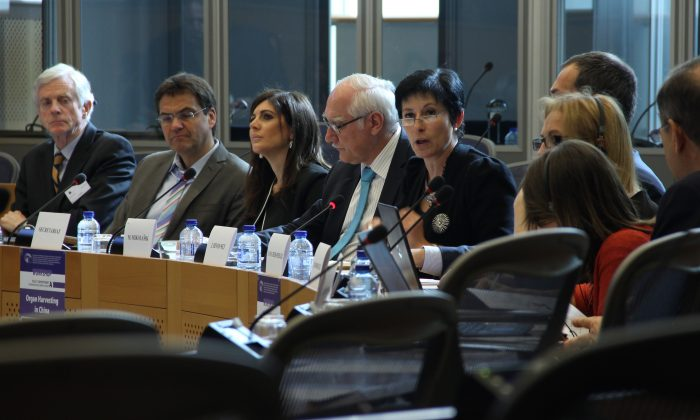 Jöelle Hivonne, with European External Action Service, speaks at a recent workshop about organ harvesting in China held by the European Parliament  on April 21 in Brussels, Belgium.  (Epoch Times)