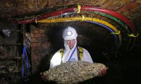 11-Ton 'Fatberg' Made of Wet Wipes and Fat Just Broke London's Sewer