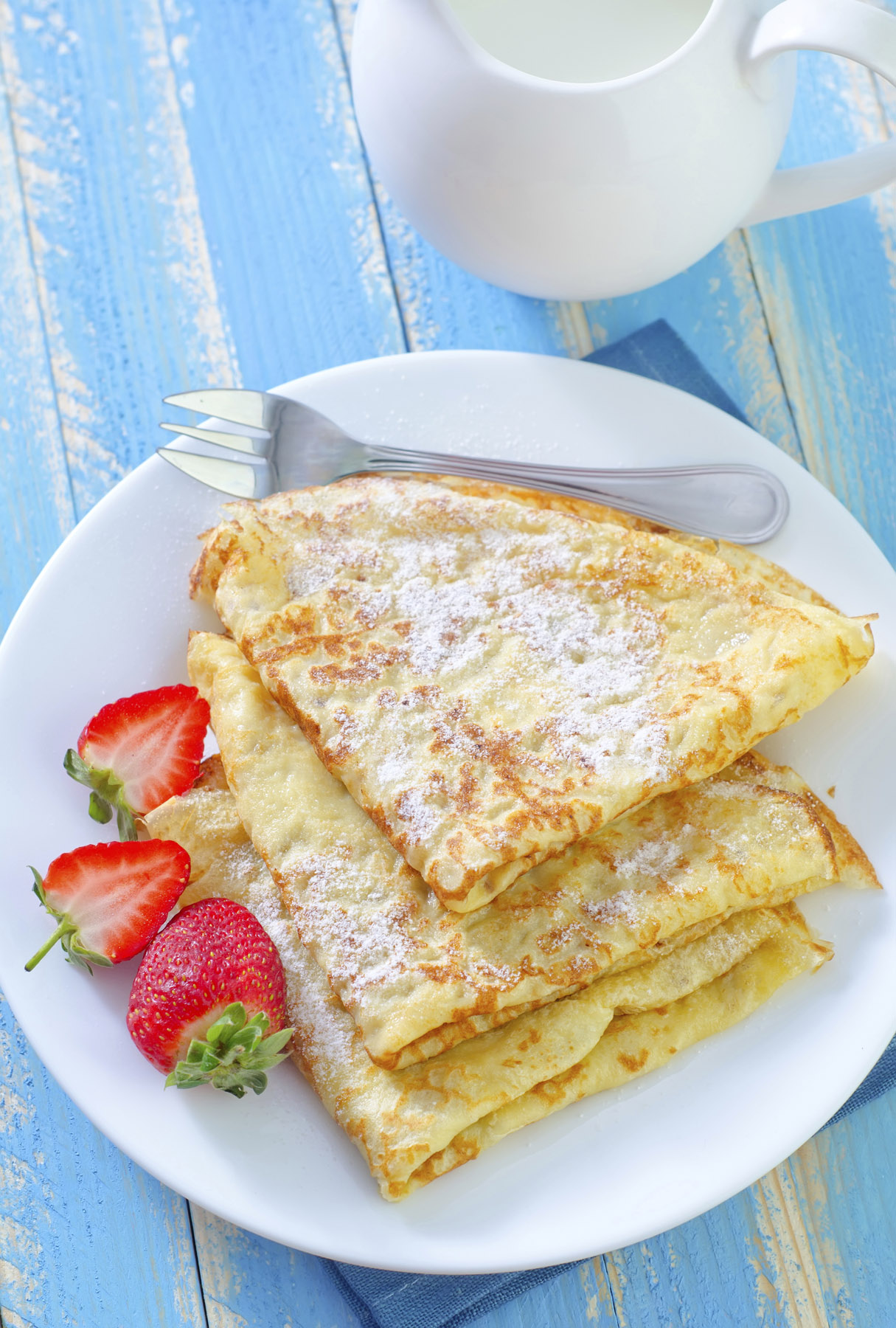 Palacinky, a delicate sweet Czech pancake filled with assorted sweet cheeses or fruit. (tycoon751/iStock/Thinkstock)