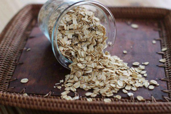 Uncooked oats