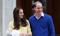 UK's Princess Charlotte to Be Christened on Queen's Estate