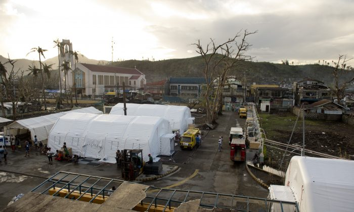 A 40 bed hospital hosted in inflatable tents raised by MSF are seen on the grounds of Bethany Hospital in Tacloban, Philippines on November 21, 2013. (ODD ANDERSEN/AFP/Getty Images)
