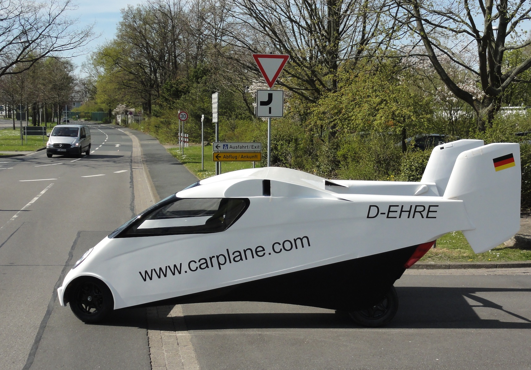 Carplane pulling onto the autobahn in Germany. (Carplane)