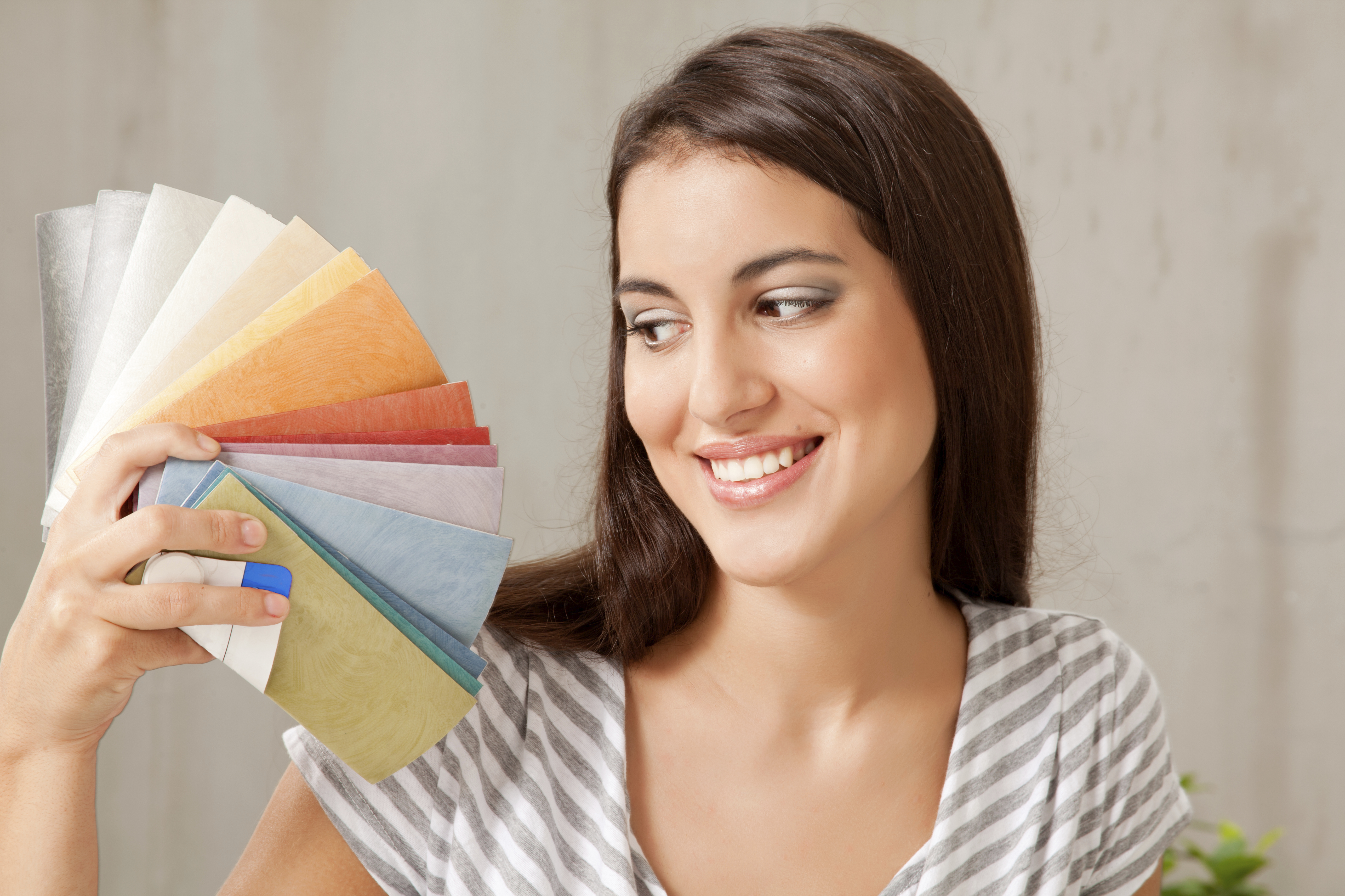 Spring Cleaning Your Wardrobe? How Paint Swatches Can Help