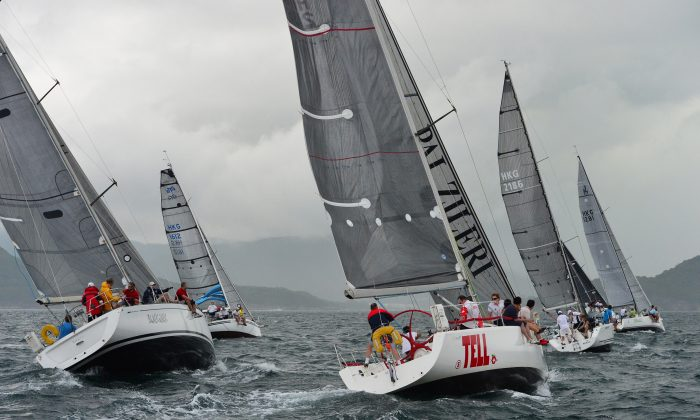 IRC division boats set off in Race 10, the planned last race of the series in the Hebe Haven Jeanneau Spring Saturday Series at Port Shelter on Saturday May 9, 2-15. (Bill Cox/Epoch Times)