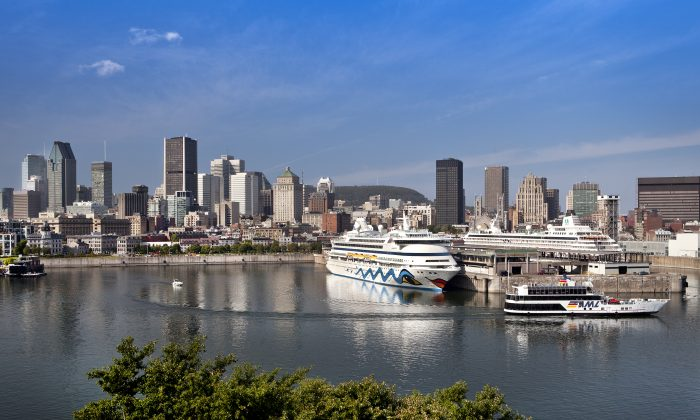 The Montreal skyline, with cruise ships in the foreground. (Tourisme Montréal, Stéphan Poulin)