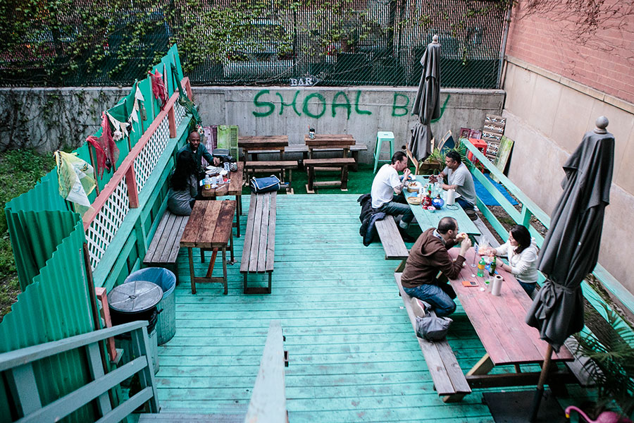 Interior at Lolo's Seafood Shack in Harlem, New York, on May 3, 2015. (Samira Bouaou/Epoch Times)
