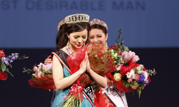 Torontonian Anastasia Lin was named Miss World Canada in a ceremony in Vancouver on May 16, 2015. (Andrew Chin)