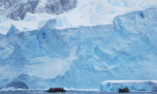 How Ice Sheets Collapse: A Lesson From the Past
