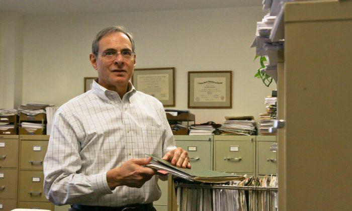 Dr. Bruce Greyson (Tara MacIsaac/Epoch Times)