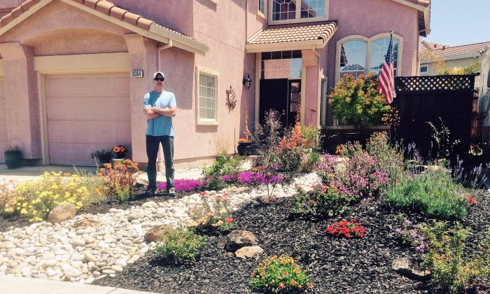 In this photo provided by Karen Jenkins, her husband, Rick Jenkins, poses for a photo in the front yard at their home in Gilroy, Calif., Wednesday, May 27, 2015. (AP Photo/Karen Jenkins)