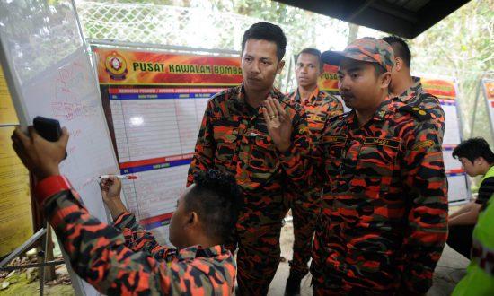 11 Bodies Found on Malaysia Mountain as Quake Toll Hits 13