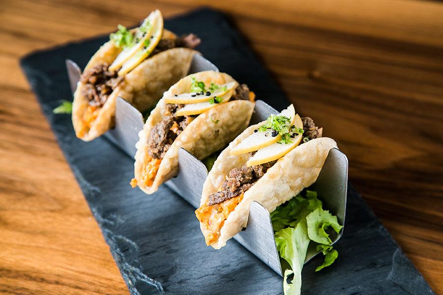 *Crrrrunch* Beef Bulgogi Tacos. (Samira Bouaou/Epoch Times)