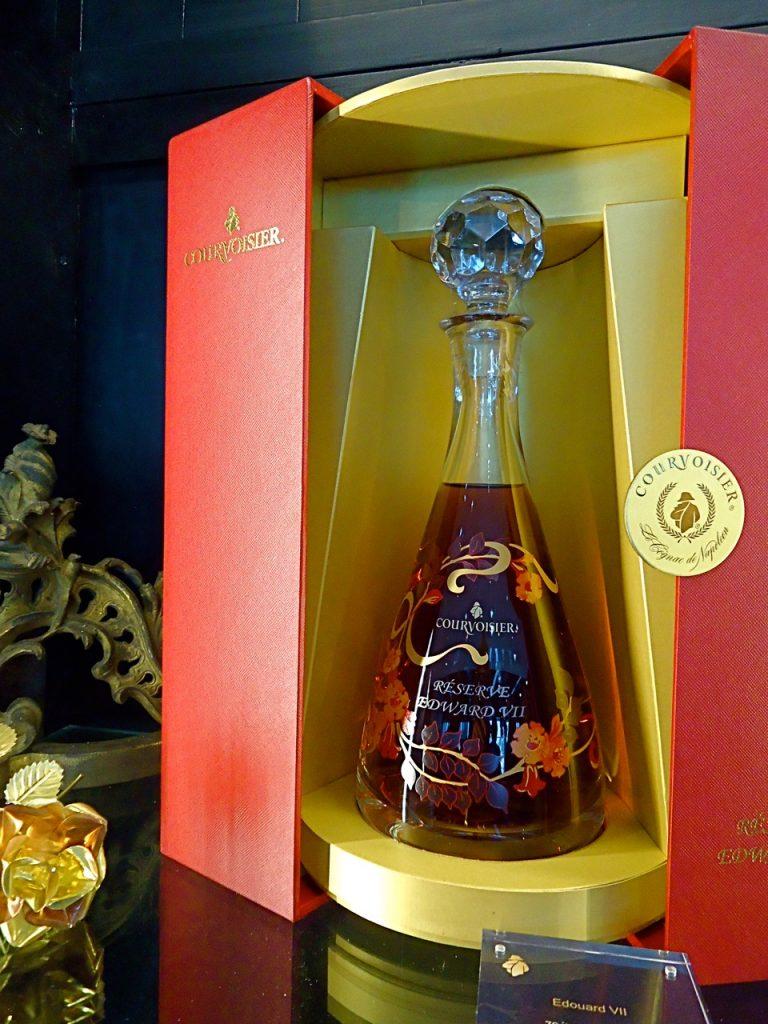 Presentation bottle of Reserve Edward VII. (Susan James)