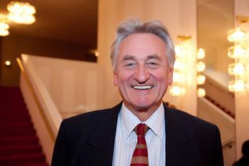 Washington resident Dr. Dieter Dettke attended the Friday night's show. (Jan Jekielek/The Epoch Times)