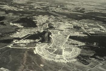 An aerial view of Arvida in 1945. (Rio Tinto Alcan)