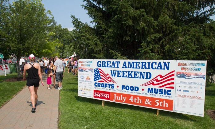The Main and Church Street entrance to the Great American Weekend in Goshen, N.Y. on July 5, 2015. (Holly Kellum/Epoch Times)