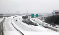 Winter Storms Hit South: Winter Storms Cause School Closings, Airport Havoc
