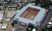 Australia Floods: Floodwaters Recede, Community Spirit Comes to the Fore (Video)