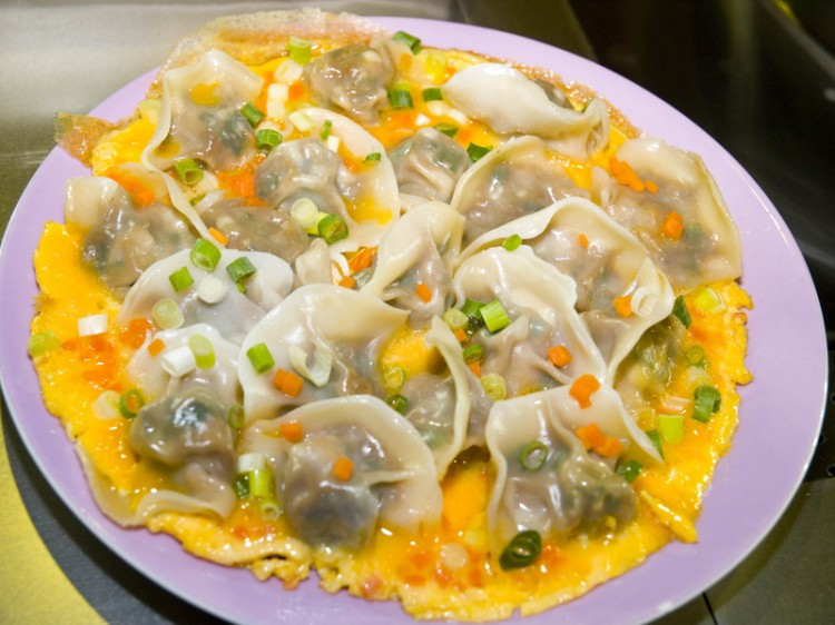 dumplings or jiao zi eaten at midnight signify transition into the new year tang binthe epoch times - Traditional Chinese New Year Food