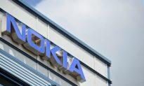 Nokia Reports Q2 Loss, Puts Hopes on Windows-Based Phone