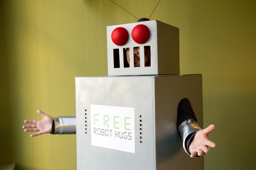 Elon Musk, Stephen Hawking, and Others Urge Ban on Killer Robots