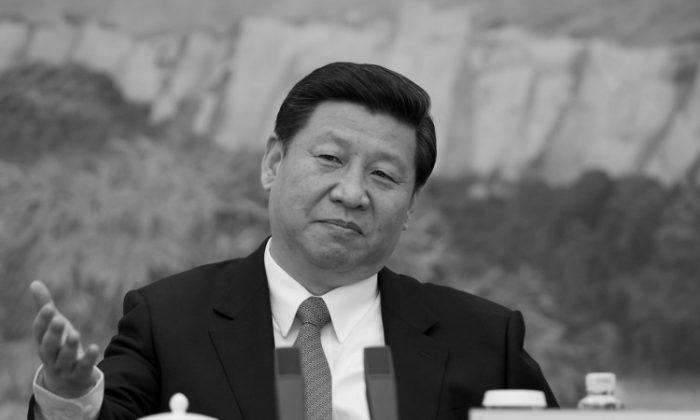 China's newly appointed leader Xi Jinping (C) attends a meeting with a panel of foreign experts'at the Great Hall of the People on December 5, 2012 in Beijing, China. (Photo by Ed Jones-Pool/Getty images)