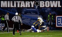 Toledo Tops Air Force in Military Bowl