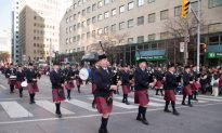 Toronto Welcomes Annual Santa Claus Parade