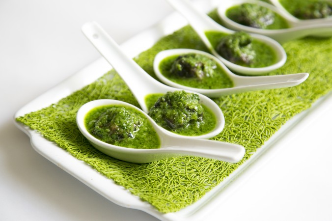 Escargot with a parsley garlic sauce. (Samira Bouaou/Epoch Times)