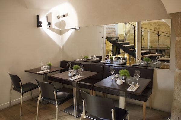 Interiors of Spring Restaurant. (Samira Bouaou/Epoch Times)