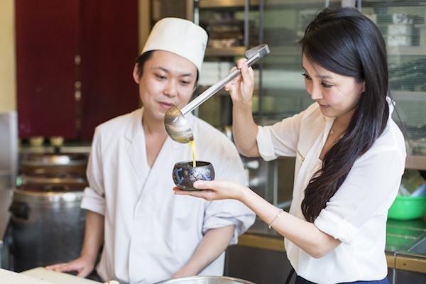 Cici Li learns how to make  Chawanmushi at Sushi Zen. (Samira Bouaou/Epoch Times)
