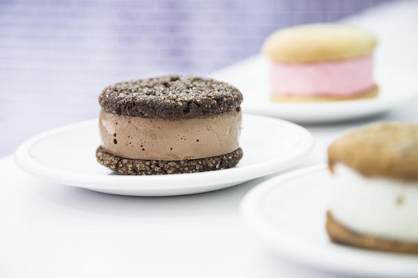 The Mortica ice cream sandwich. (Samira Bouaou/Epoch Times)