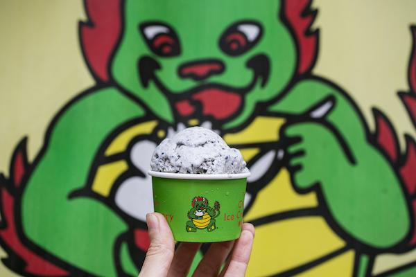 Black Sesame ice cream. (Samira Bouaou/Epoch Times)