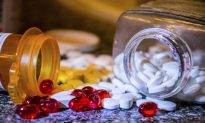 NSAIDs: The Painful Truth Behind Painkillers (Infographic)