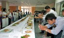 Prominent Chinese Chefs Test Their Culinary Skills